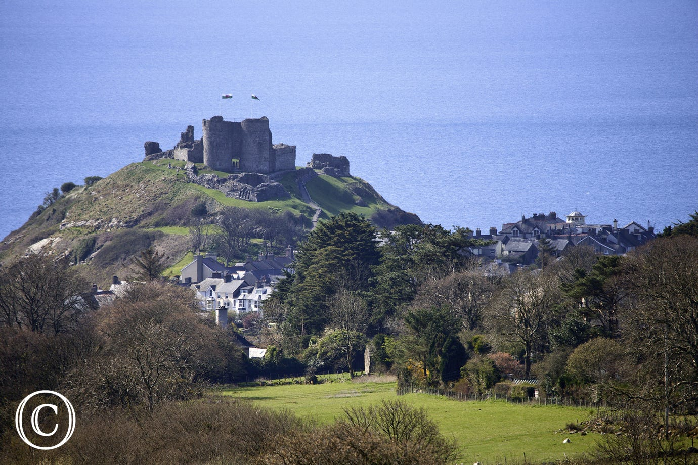 Cricieth Castle (5 miles)
