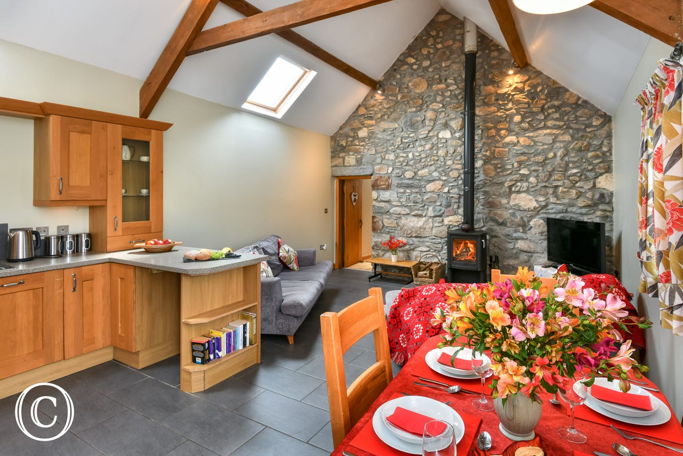Beautiful, spacious living area with underfloor heating & woodburner
