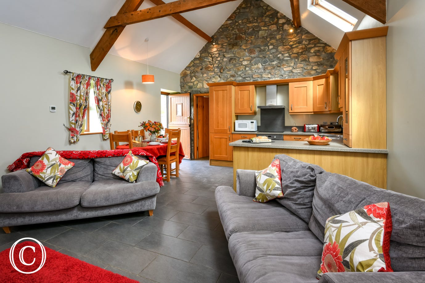 Llyn Peninsula self catering cottage in a peaceful, rural setting