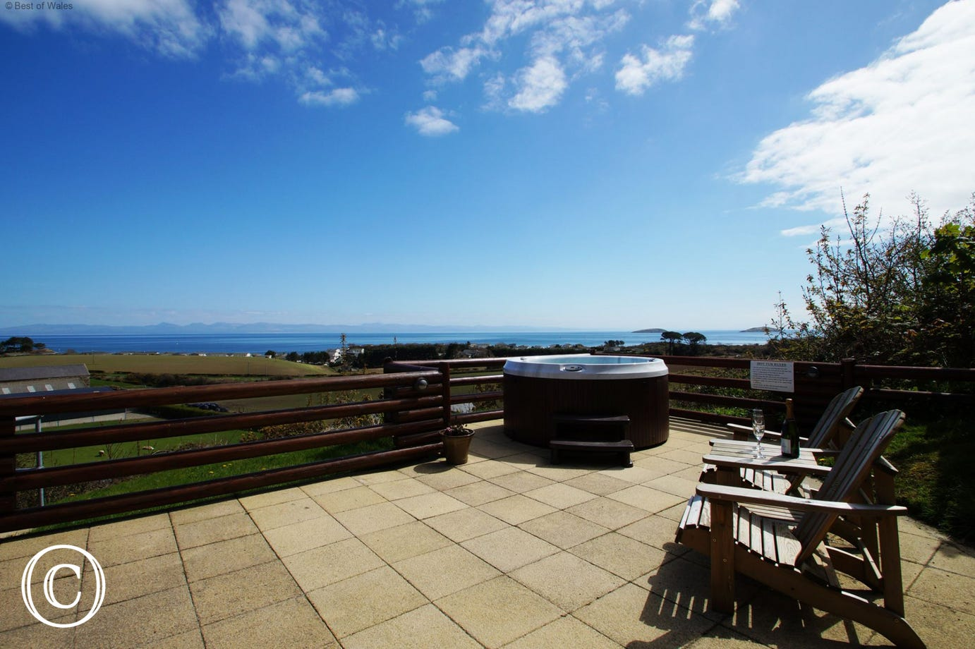 Set in an elevated position with fantastic sea and countryside views